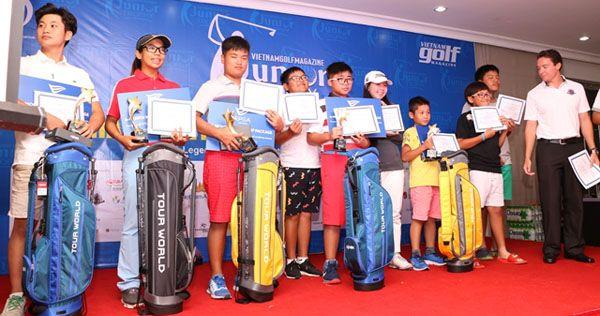 vietnam-golf-magazine-junior-trophy-uom-mam-tai-nangthspp