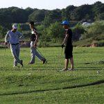 xem-nguoi-ngheo-choi-golf-giua-thu-do